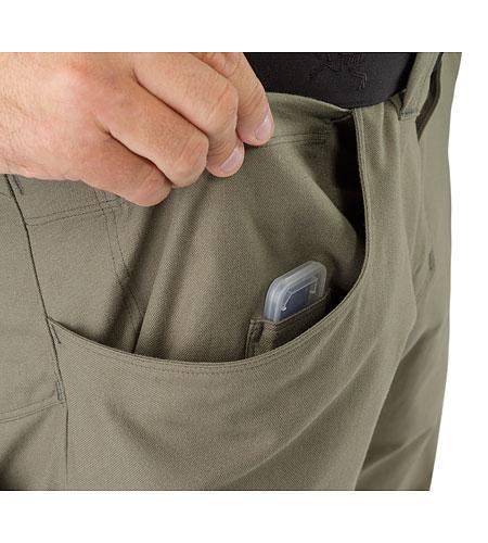 xFunctional-Pant-AR-Greenstone-External-Pocket.jpg