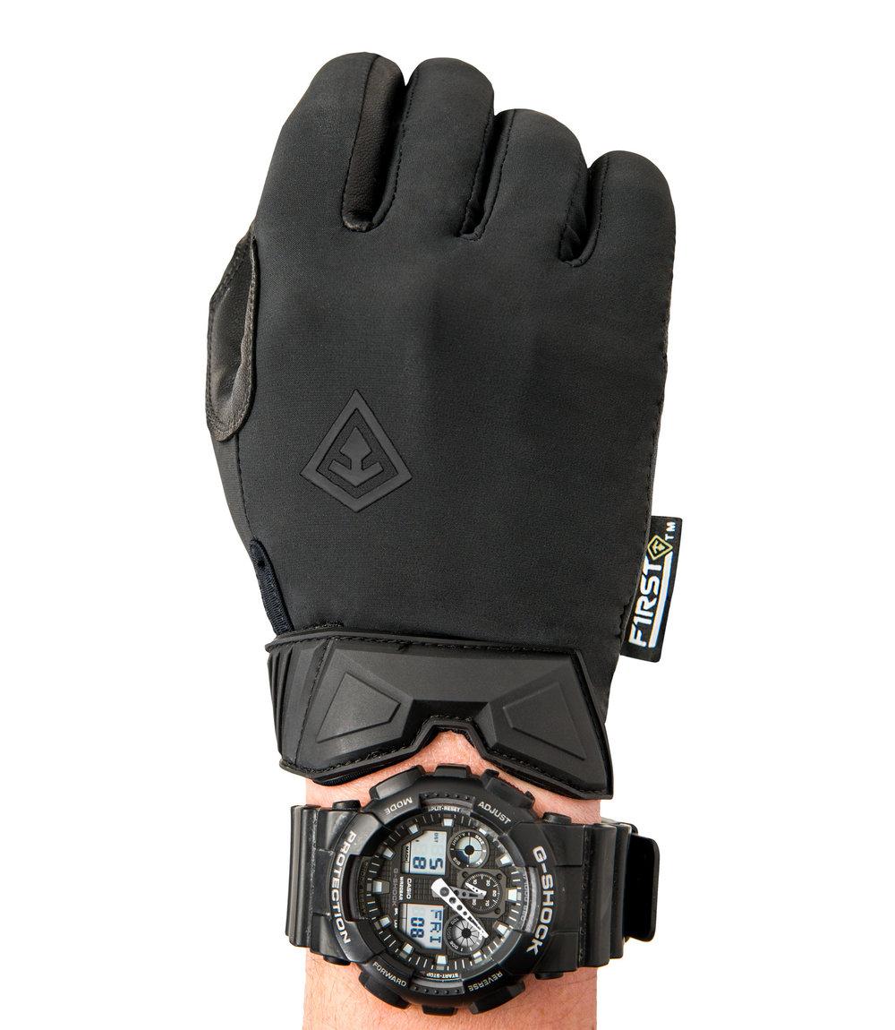 150007-men_s-hard-knuckle-glove-watch_2016.jpg
