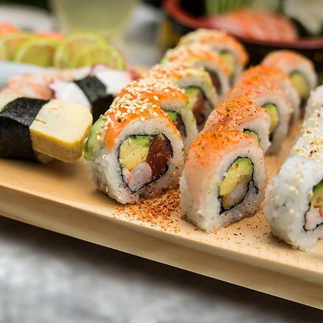 ¿Cuántas tablas vas a pedir hoy?😊😁😋 . TyC: Válido solo para la hora de almuerzo:  Toshi Miraflores y San Isidro: 12:30pm a 3:30pm. Toshi Patio Panorama: 12pm a 4pm. No es acumulable con otras promociones. No válido para take away, ni delivery . . . . . . #toshi #nikkei #lovefood #love #instagood #makis #sushi #picoftheday #food #igers #instagram #instamood #photography #foodporn #instapic #instafood #instacool #gastronomy #foodstagram #peruvianfood #comidajaponesa #japanesefood #Lima #Peru #gourmet #toshifans #trendy #instafoodies #fooddies