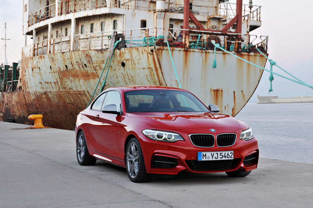 P90138095_highRes_the-new-bmw-m235i-co.jpg