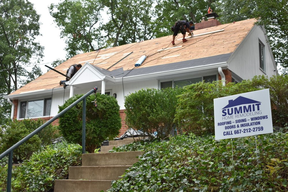 Summit employees deliver roof installations with quality, integrity, and professionalism.