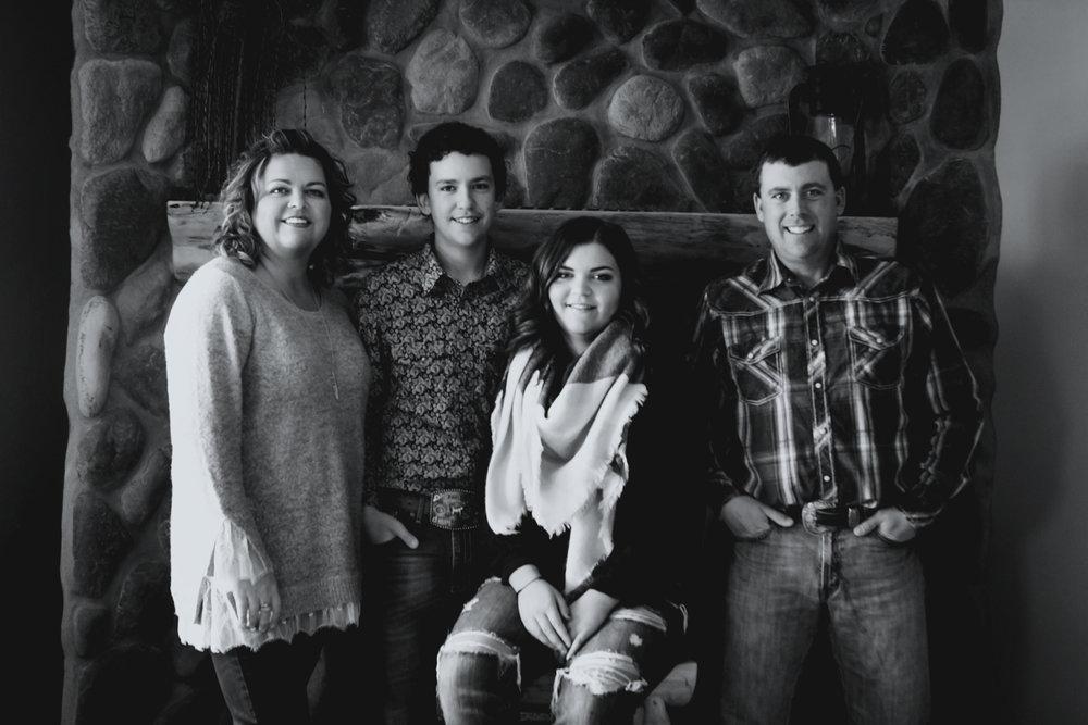 Family_12bw.jpg