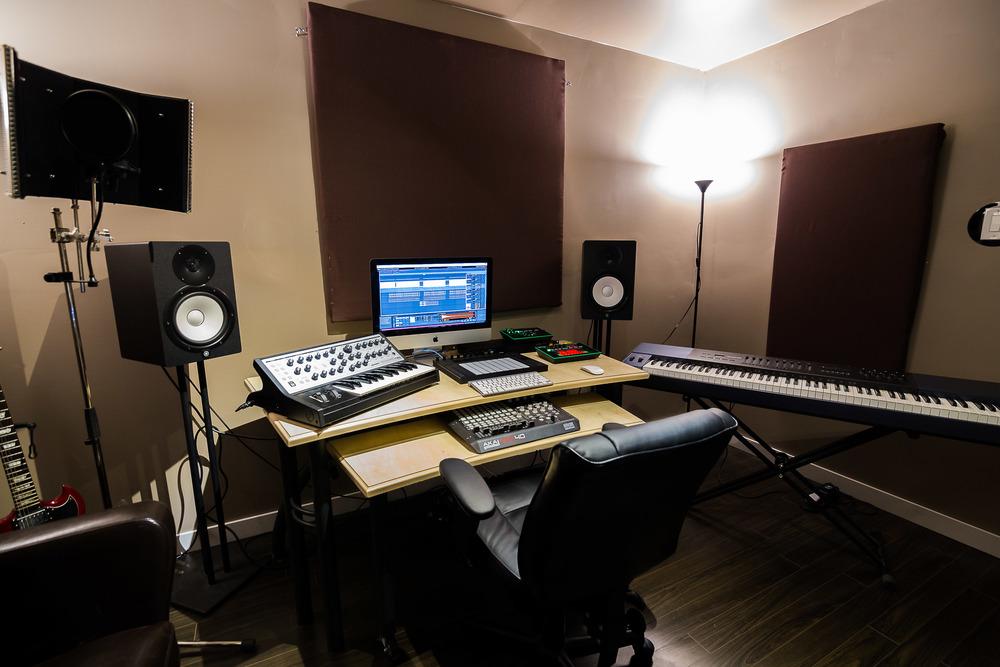 DJ studio rental on Jasper Ave Edmonton