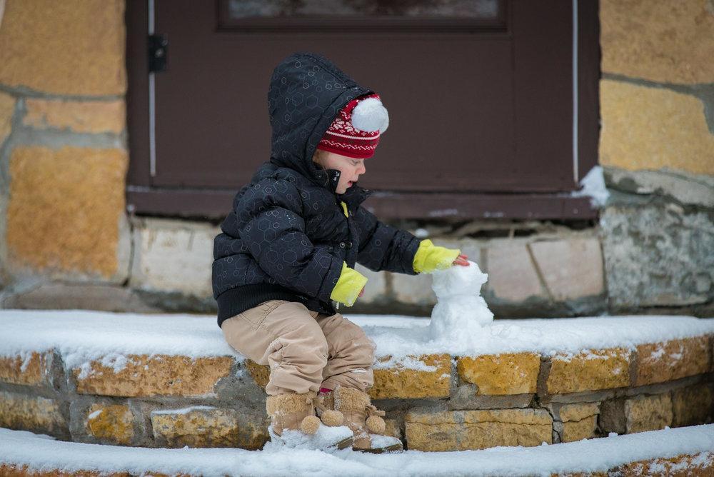 Snow-Playing-8.jpg