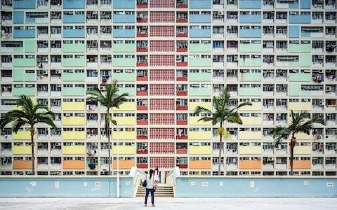 : Ocean View — The Choi Hung Estate, Hong Kong, by @fabiomantovanifotografo  via @lemondefr