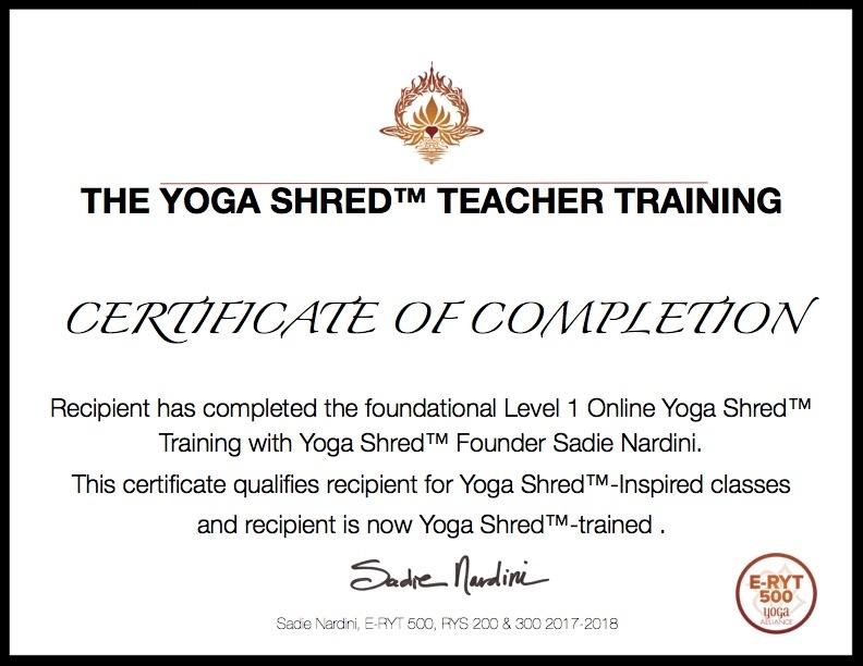 Velkommen til en unik Holy Yoga opplevelse med Yoga Shred!