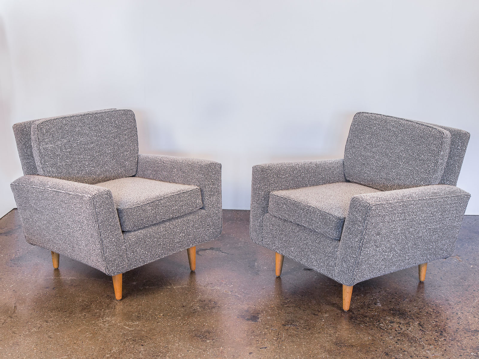 pair of florence knoll model 25 lounge chairs oam