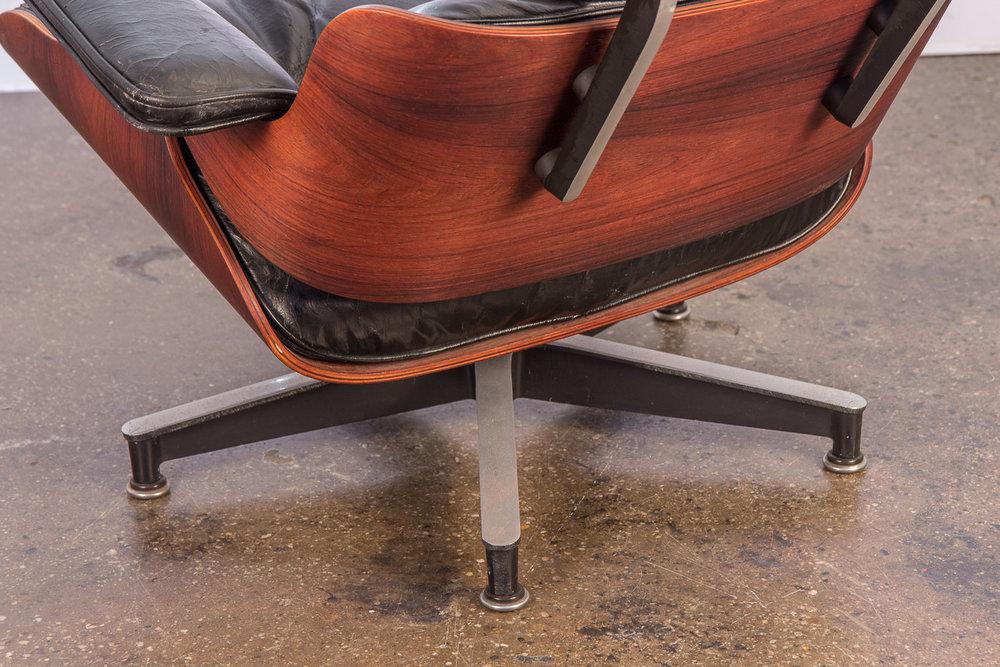 Eames 670 Lounge Chair — OAM