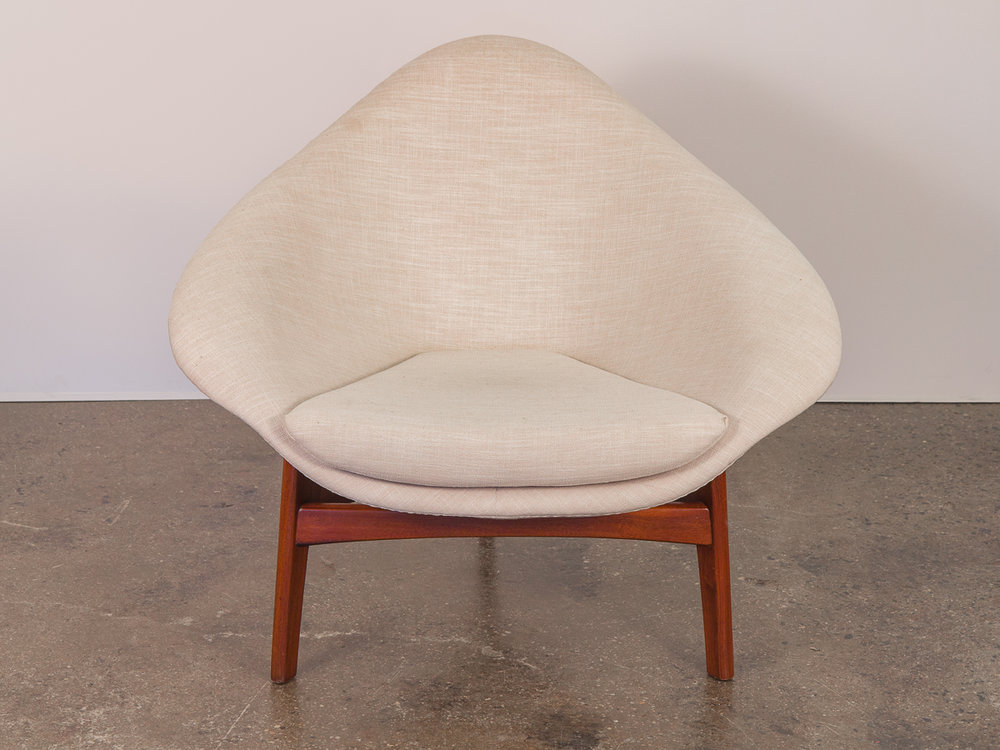 Adrian Pearsall Coconut Chair