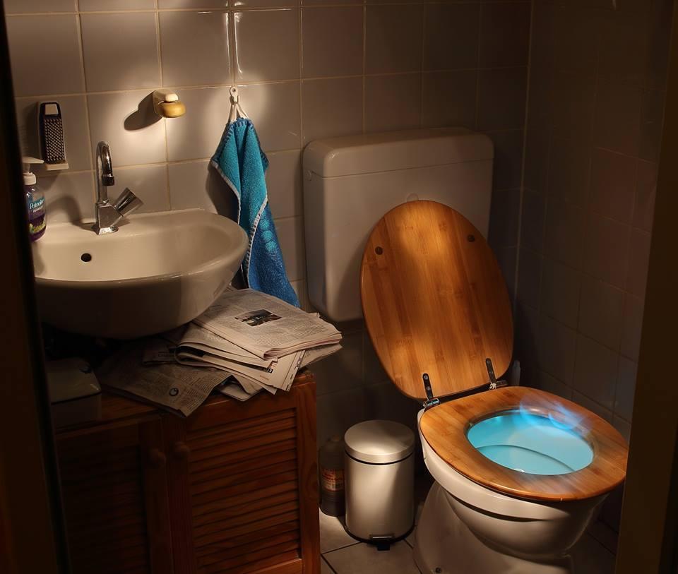 ของใช้ในห้องน้ำ ที่ไม่ควรใช้นาน_ถังขยะ