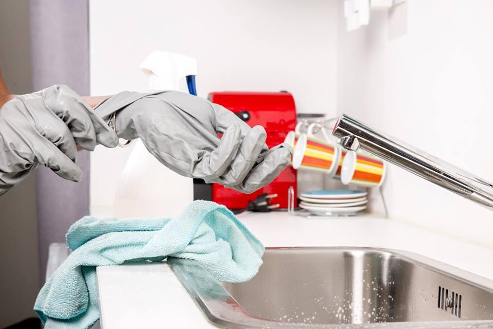 รวมของใช้ในห้องน้ำ ที่ไม่ควรใช้นานเกินไป_ผ้าเช็ดมือ