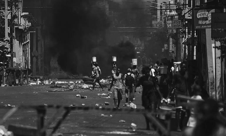 1531368645_haiti-comienza-a-normalizarse-mientras-el-gobierno-busca-la-salida-a-la-crisis.jpg