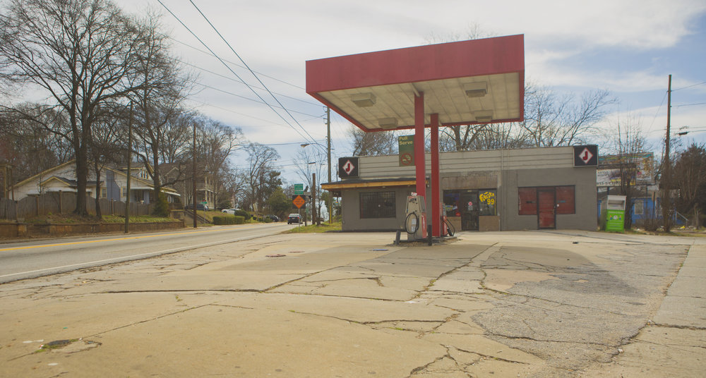 gas_station_001.jpg