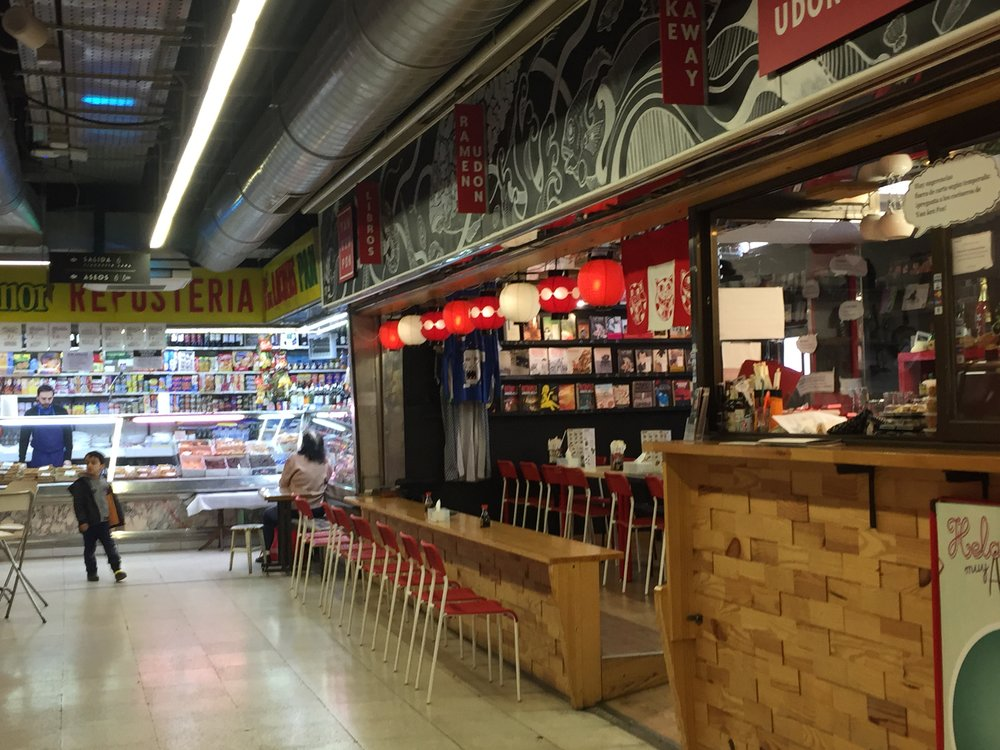Fresh seafood and even a sushi bar can be found at the Mercado de San Fernando.