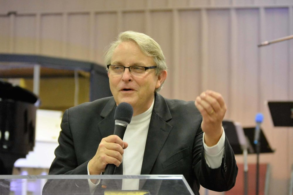 Terry Tramel speaking.jpg