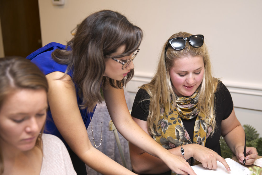 Ciarra Rouwhort assisting students at Silver Fox Calligraphy's Modern Calligraphy Workshop in Petoskey, Michigan