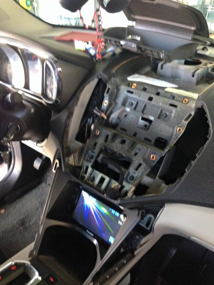 Get a new car stereo system installed in Escondido
