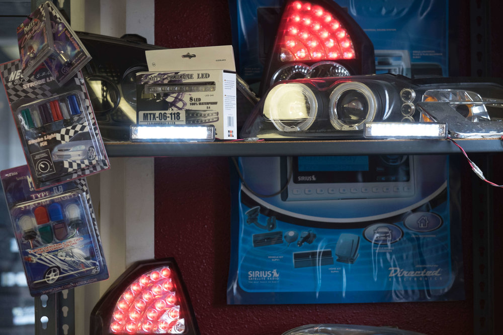 Install Car LED and HID lighting in your car or truck