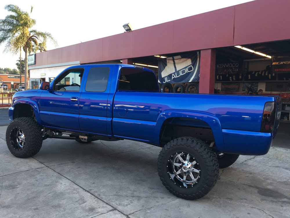 Shocks on Your Truck to Go Offroading in Escondido