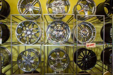 Cheap car rims in Escondido.