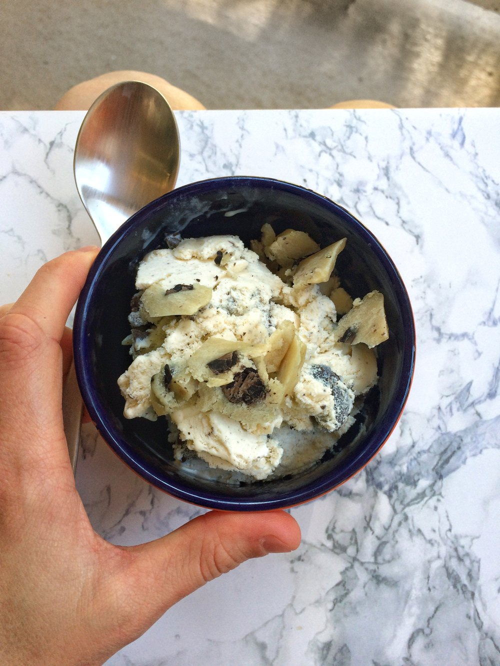 A day in the life- cookies and cream ice cream with cookie dough