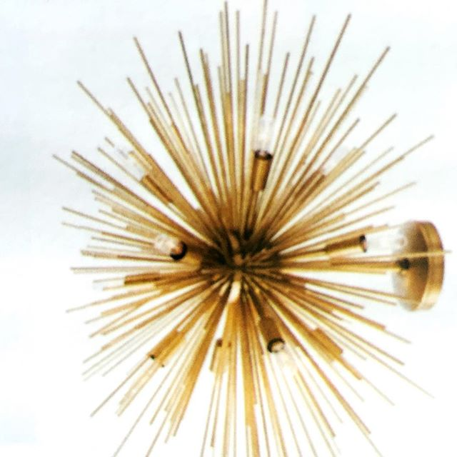 """Such a cool sconce! I have been so fixated on these """"urchin"""" style elements this year. . . . . .  #interiordecor #interiordecoration #interiordesignideas #interiorarchitecture #elledecor #homes #dreamhome #exteriordesign #residentialdesign #beautifulhomes #renovations #remodeling #kitchendesign #homeideas #nycinteriordesign #homeowners #homeownership #fairfieldcountyct #westchestercountyrealestate #nycliving #interiordesignlovers #homelovers #womeninfinance #womeninbusiness #womenintech #realtors #realtorslife #gardenlovers #designlovers #homeandgarden"""