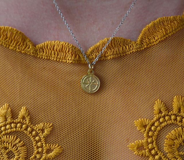 Wear your favorite horse close to your heart with a QUINNS breed charm necklace.