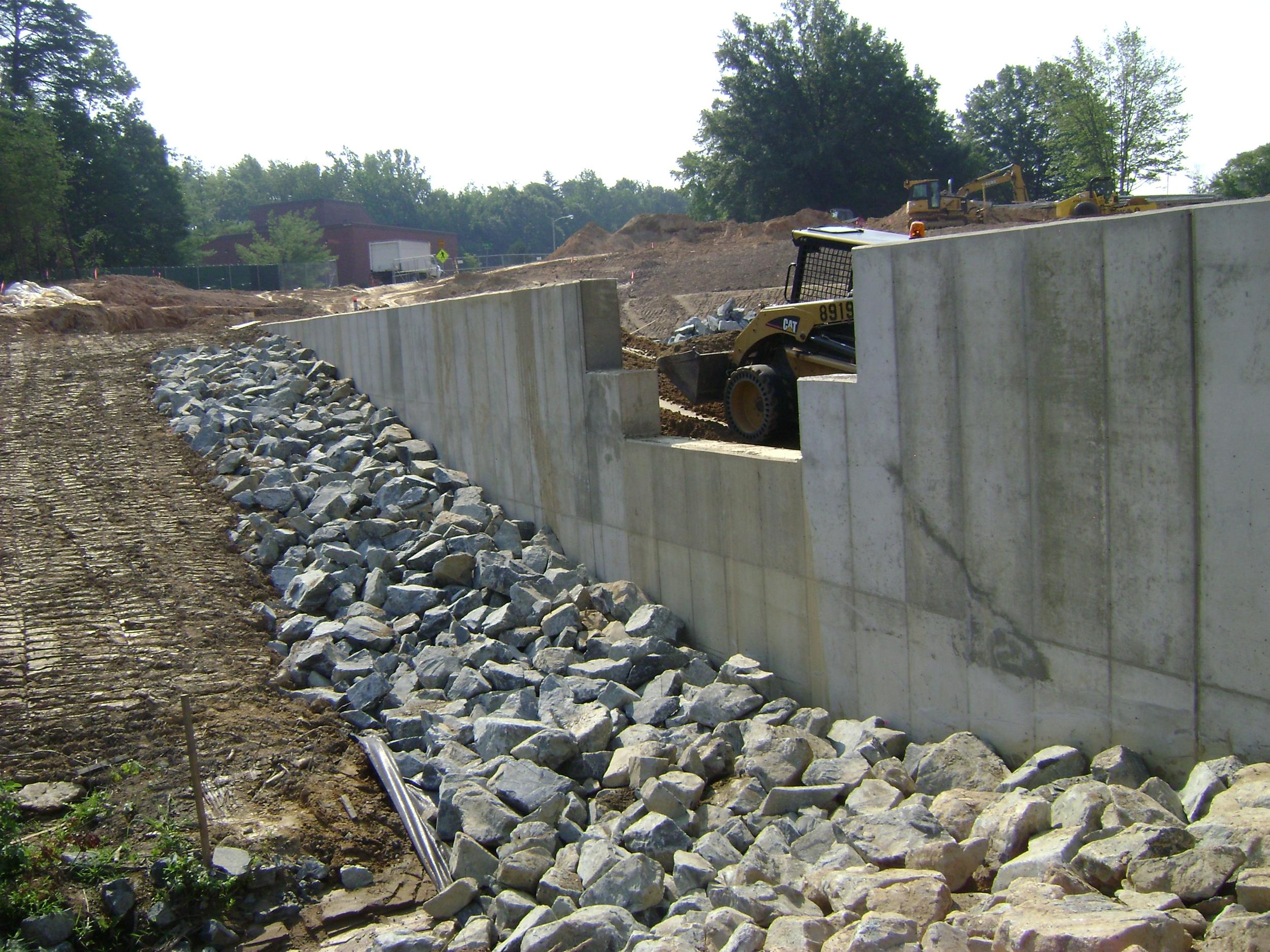 pinnacle design build group inc cast in place concrete retaining