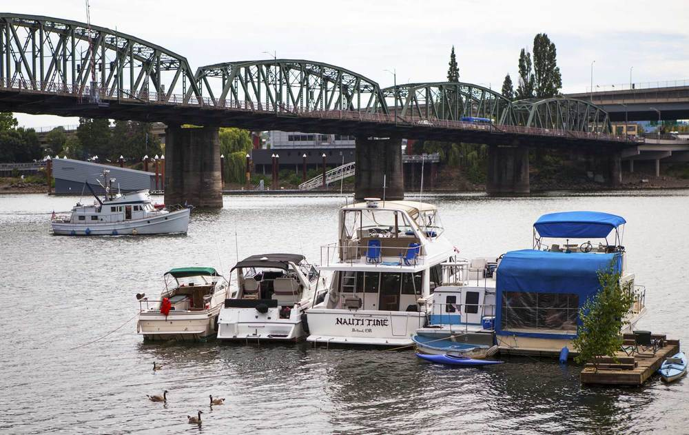 Willamette river docks