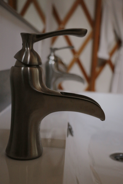 FaucetRobe_2423.jpg
