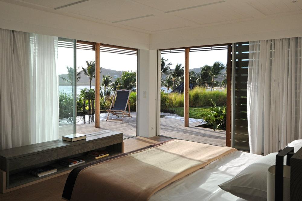 le sereno - villa - guestroom 1 piter.jpg