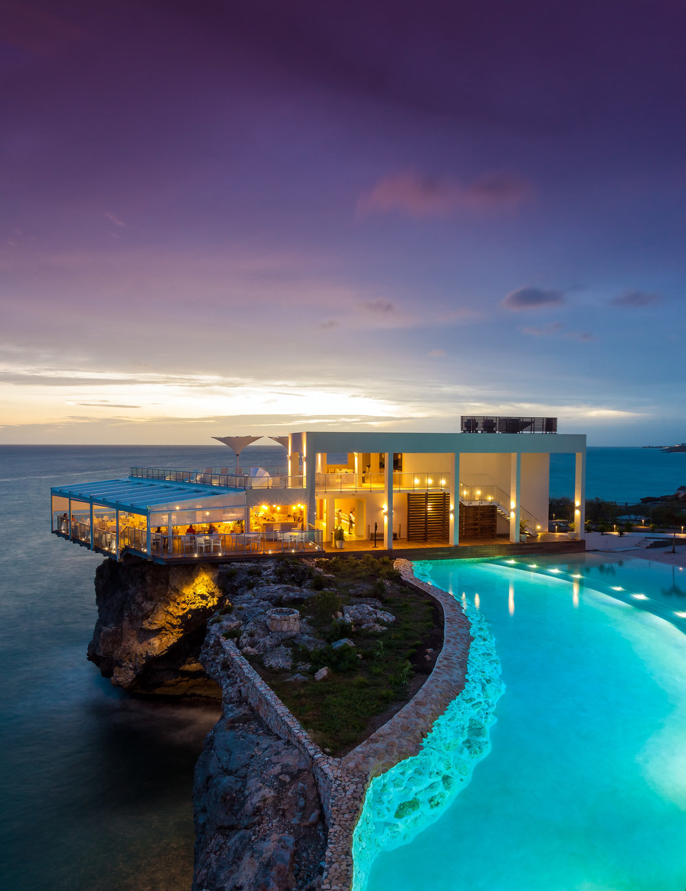 Azul Restaurant_Edge Pool at night.jpg