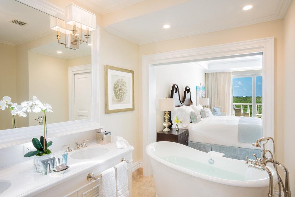 4 SC Junior Suite Bath 2.jpg