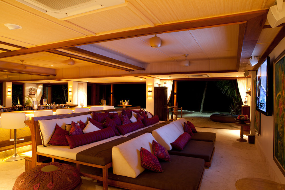 necker-island-beach-house-seating.jpg