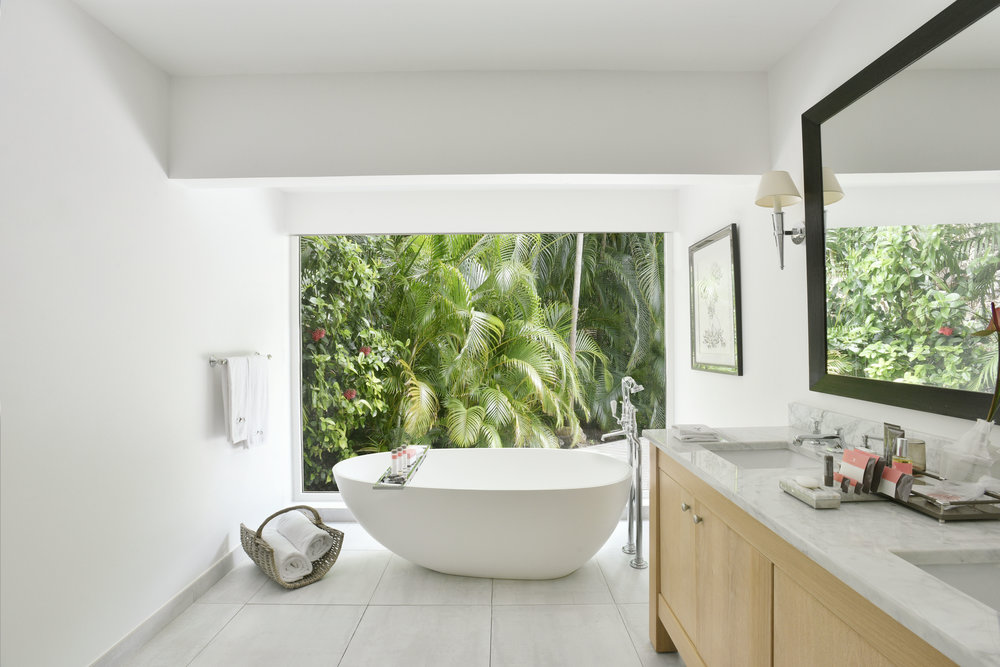 2.1_Cheval_Blanc_St-Barth_Isle_de_France_2-Bedroom_Garden_Suite_Bathroom_V._Mati_1321[1].jpg