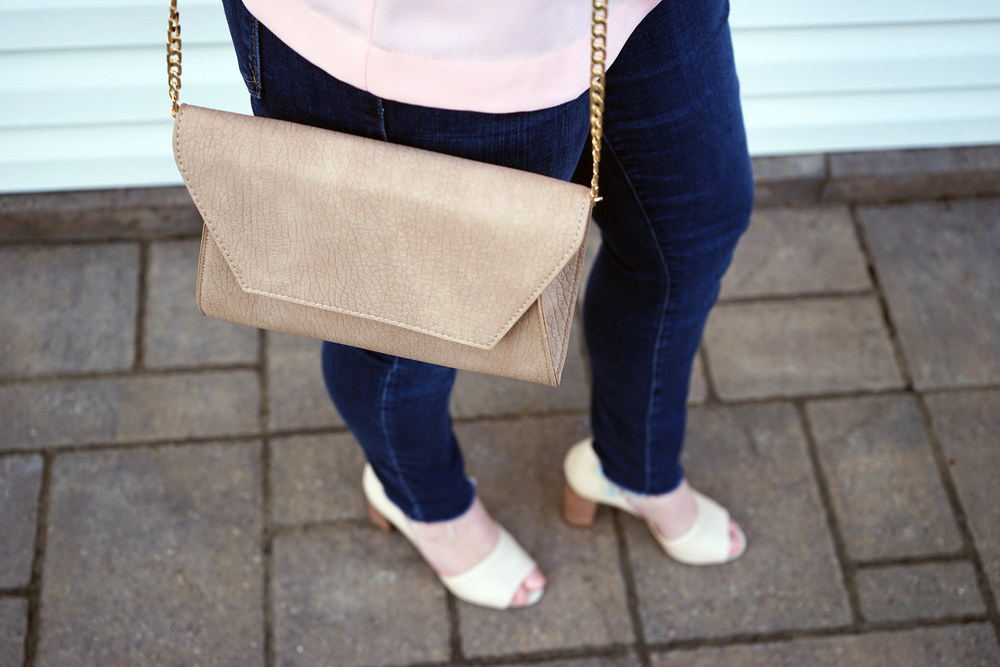 J Crew Factory flutter-sleeve top warm petal, MOTHER denim The Looker ankle fray, Franco Sarto Emma D'orsay pump, Urban Expressions Carissa crossbody purse - Maggie a la Mode