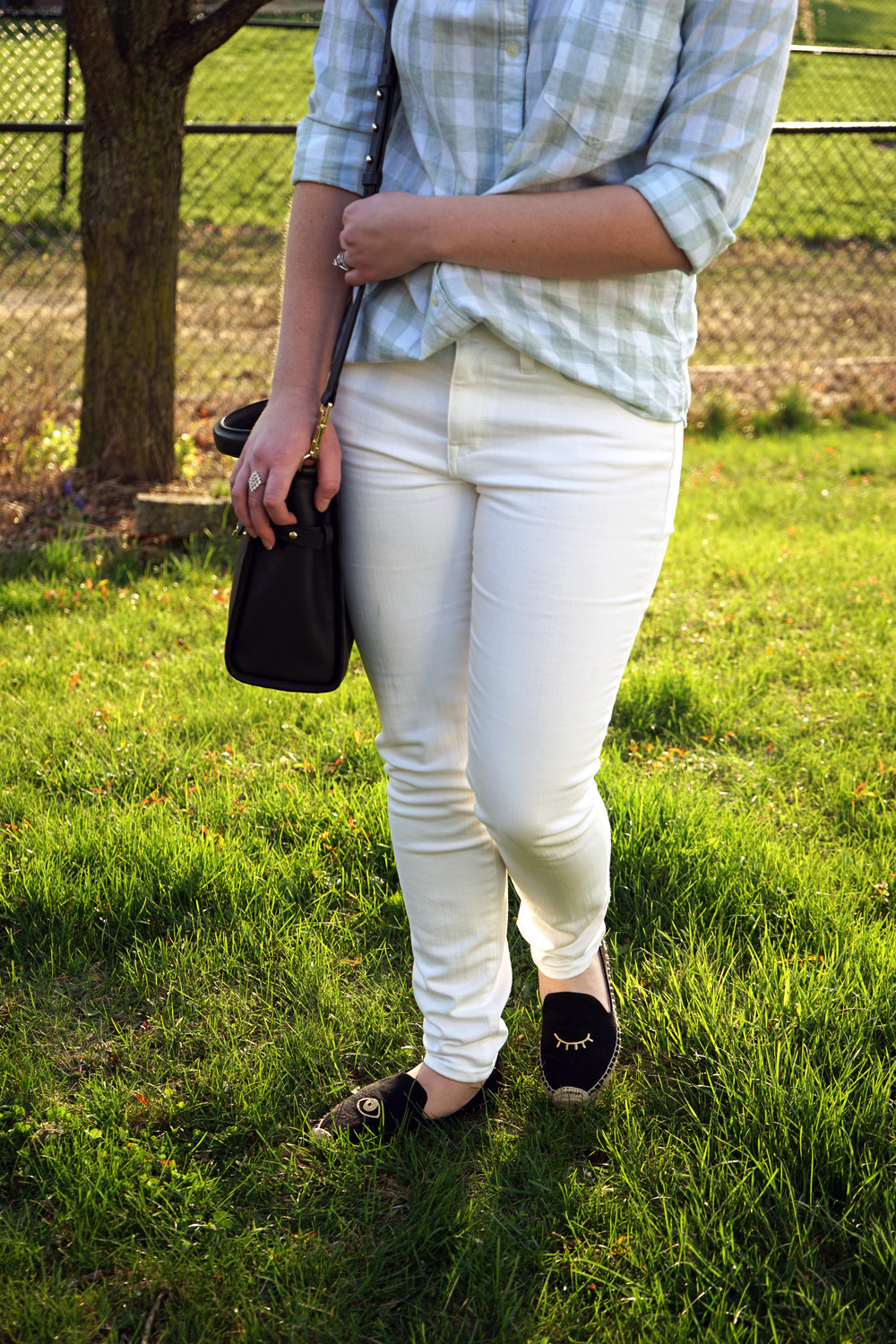 Soludos x Jason Polan winking eye espadrille flats, Madewell skinny jeans (pure white), Gap flannel shirt, Luana Italy paley satchel purse - Maggie a la Mode