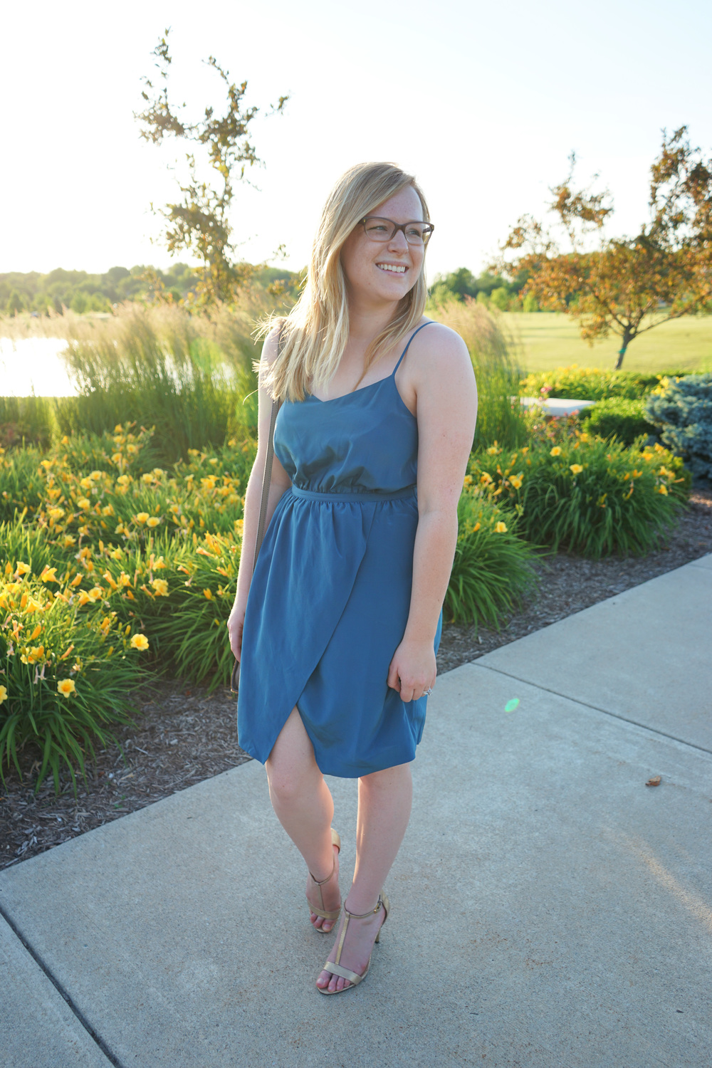 Maggie a la Mode - Teal madewell dress 3.JPG