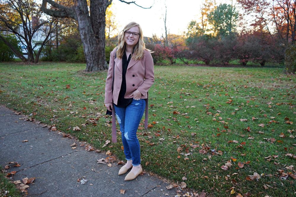 Maggie a la Mode - Ann Taylor Mini Trench Jacket 5.JPG