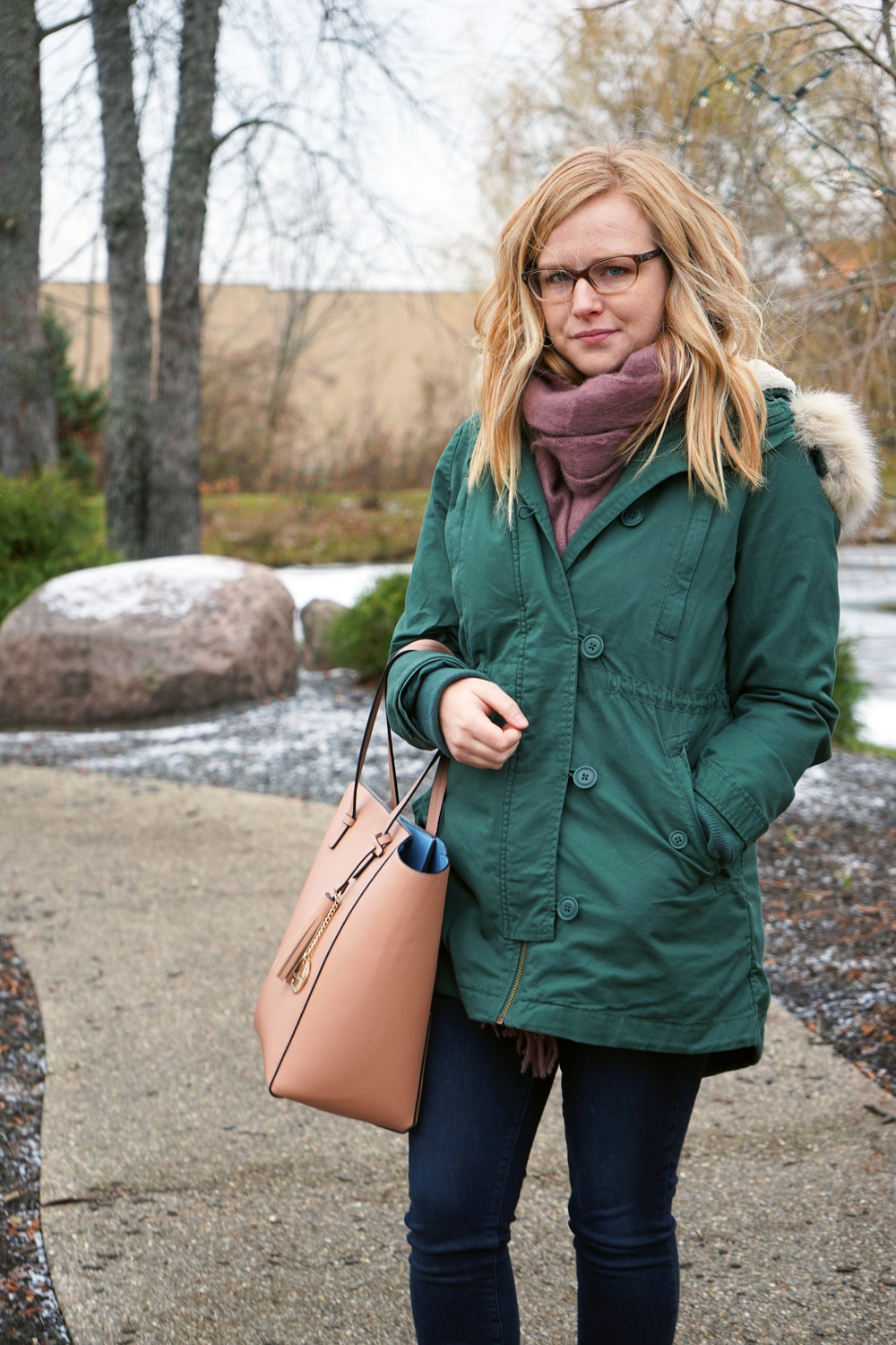 Maggie a la Mode - Asos Supersoft Long Woven Scarf Tassels Dusty Mauve/Pink, Gap 2-in-1 Hooded Parka Cucumber Peel, Paige Verdugo Skinny Jeans Reed, Blue Les Copains Tote