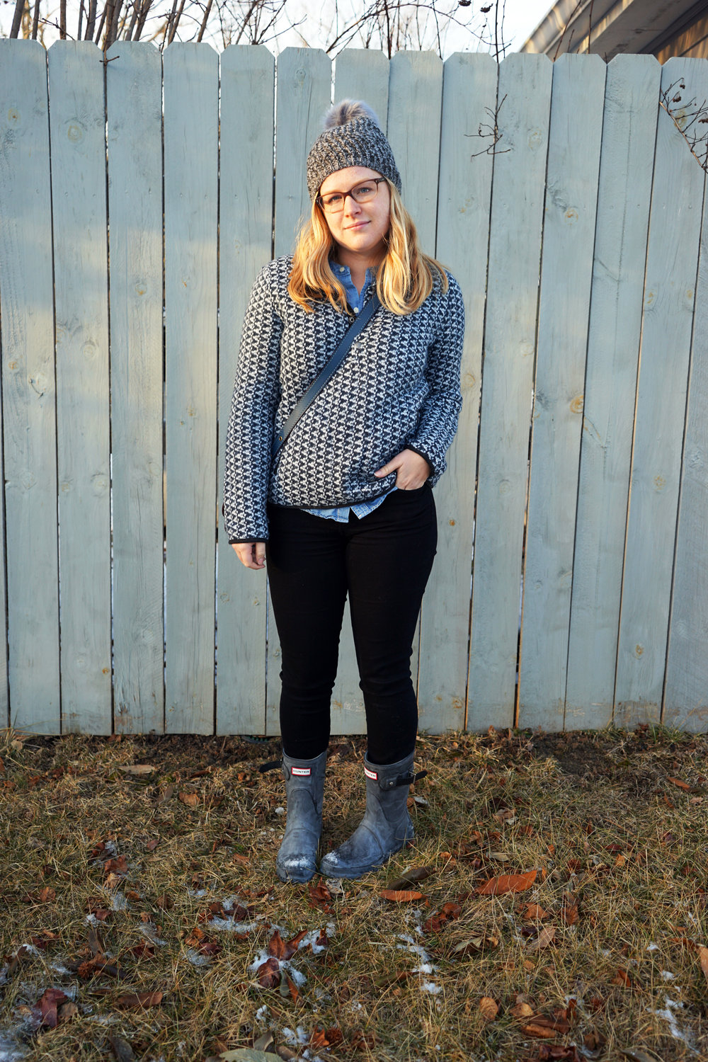 Maggie a la Mode - Madewell Harmonica Pullover, Madewell Perfect Chambray Sunday Shirt, Free People Powder River Pom Beanie, Hunter Original Short Boot, Coach Saddle Bag 23