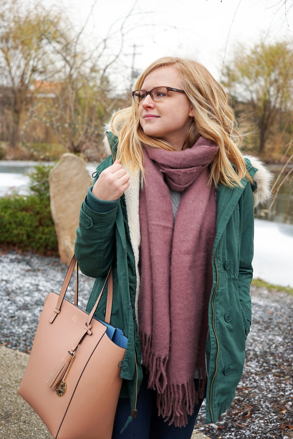 Maggie a la Mode - Asos Supersoft Long Woven Scarf Tassels Dusty Mauve/Pink, Gap 2-in-1 Hooded Parka Cucumber Peel, Paige Verdugo Skinny Jeans Reed, Schutz Elise Loafer, Blue Les Copains Tote
