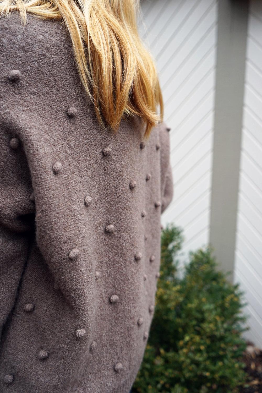 Maggie a la Mode - Madewell Bobble Sweater 3.JPG