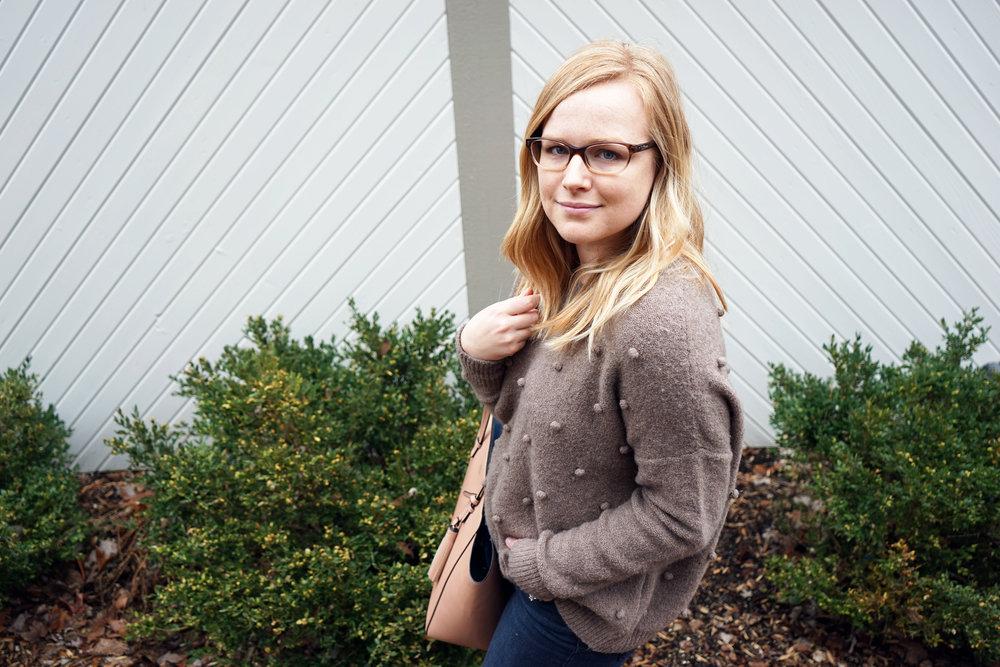 Maggie a la Mode - Madewell Bobble Sweater 5.JPG