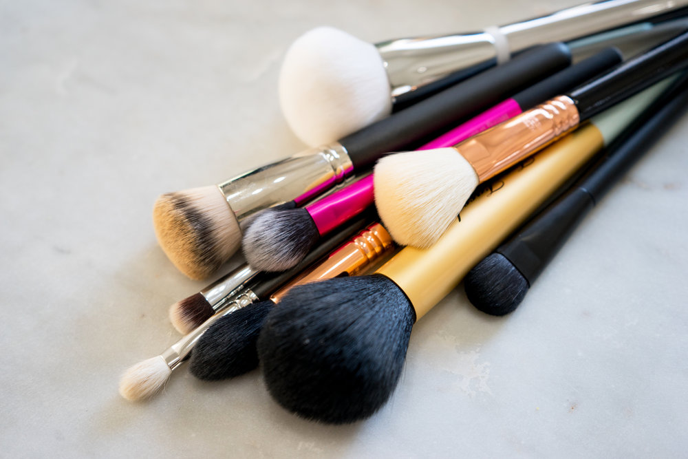 Maggie a la Mode - The Makeup Brushes I Can't Live Without-2.jpg