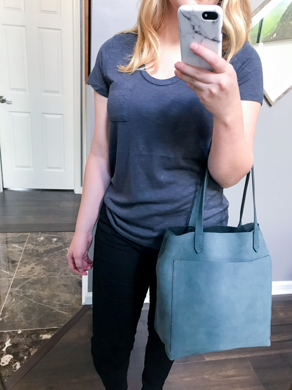 Maggie a la Mode - Madewell Medium Leather Transport Tote, Caslon Rounded V-Neck Tee