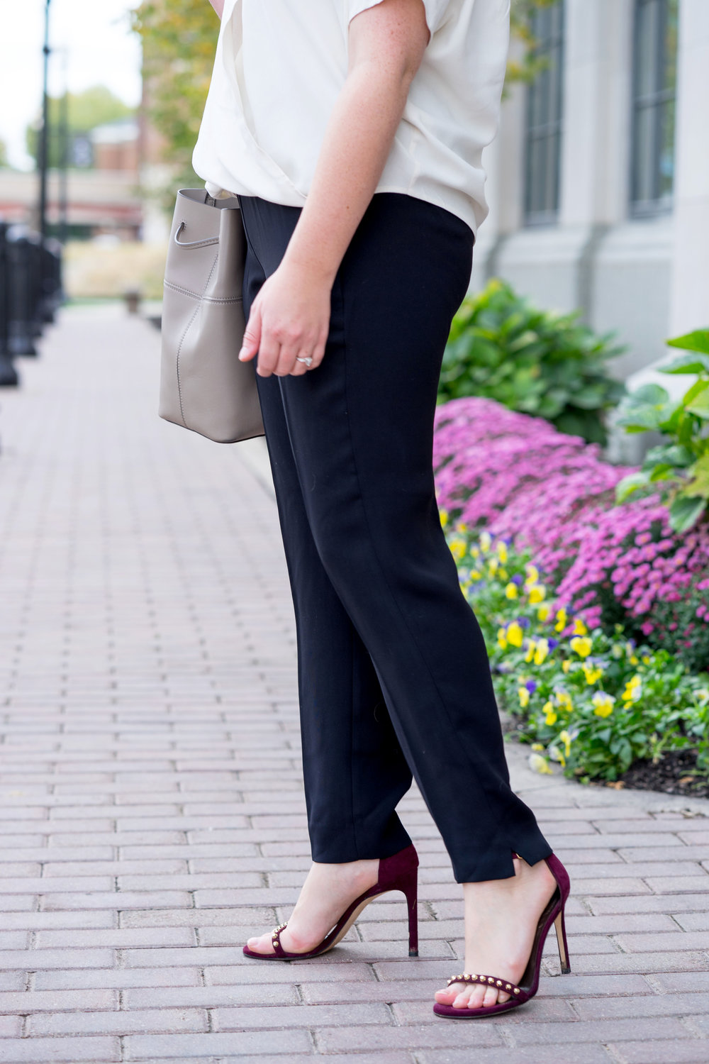 Maggie a la Mode - How to Wear J Crew Factory Drapey Pants to Work