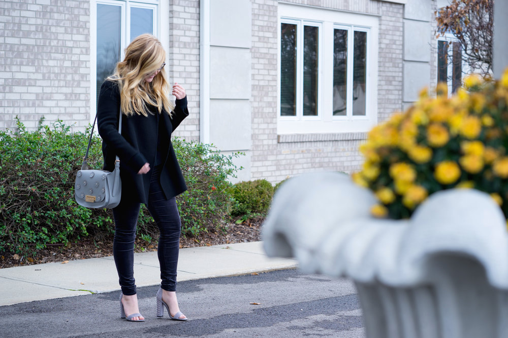 Maggie a la Mode - AG Farrah Velvet Skinny Jeans Theory Clairene-8.jpg