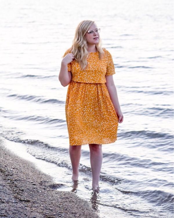 Maggie a la Mode - Instagram OOTD ASOS DESIGN Maternity nursing double layer mini skater dress with pleated skirt in polka dot Warby Parker Blair Eyeglasses Rose Gold