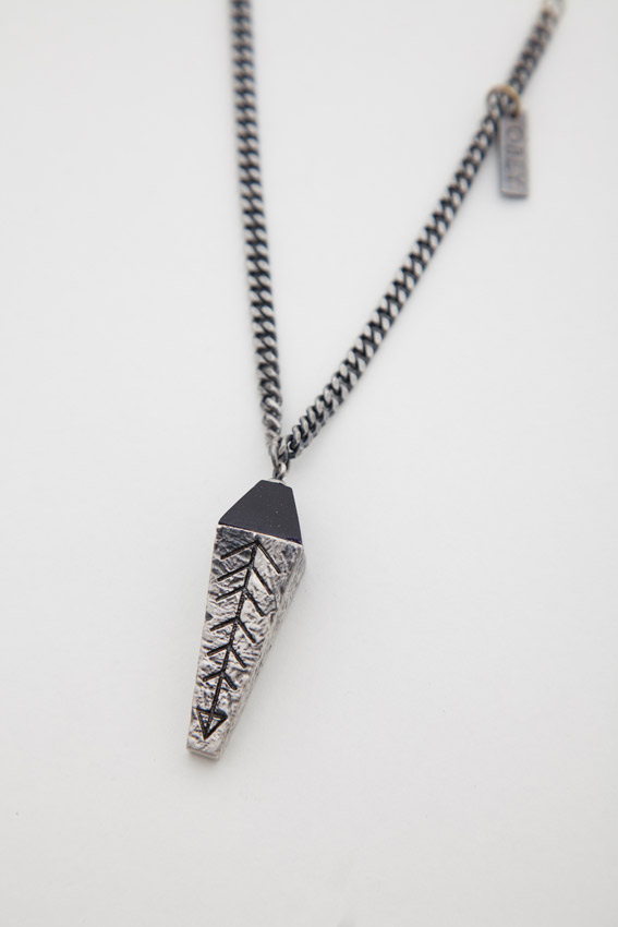 NOLITA_NECKLACE_SILVEROXIDE2.jpg